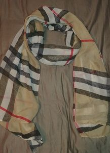 Like new Burberry Style Scarf